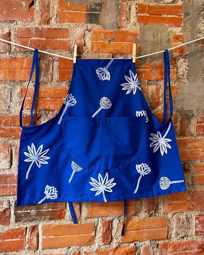 lotus-floral-kids-apron-2